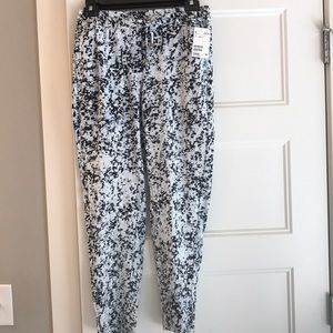 H&M joggers/skimmers